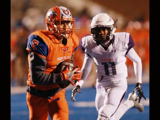 636139046885596481-Eastlake-at-Canutillo-Football-5.jpg