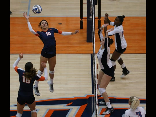UTEPs Kylie Baumgartner hits against FAU Sunday.