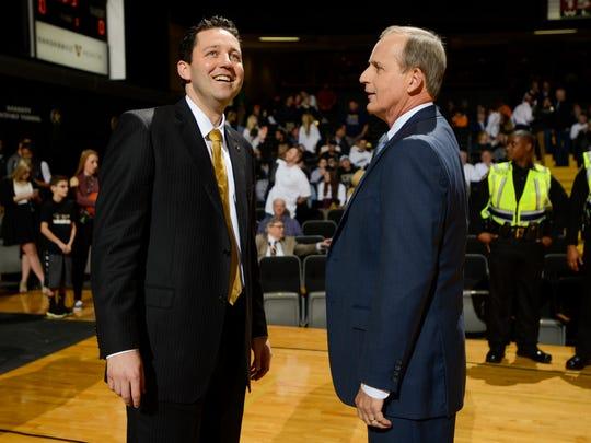 Vanderbilt Commodores head coach Bryce Drew, left,