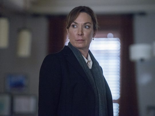 Elizabeth Keane (Elizabeth Marvel) is about the find