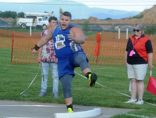 Fort Defiance's Zach Boyers prepares to throw the shot