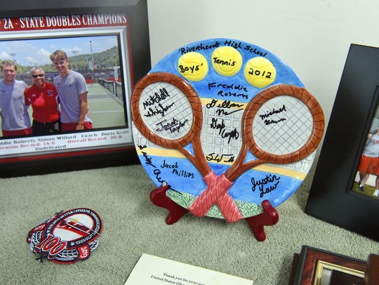 An item signed by the members of the 2012 Riverheads'