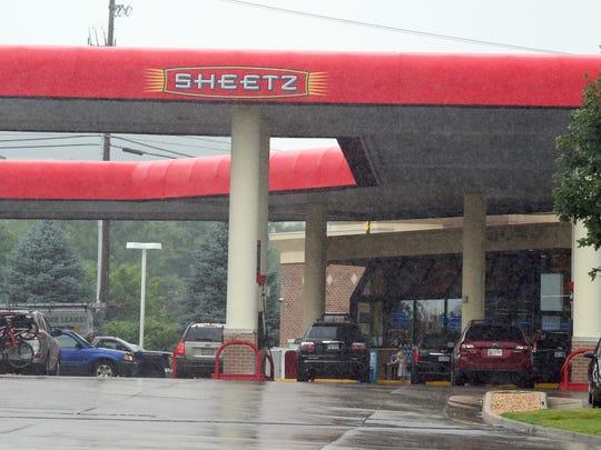 Rain falls at the Sheetz on Richmond Road in Staunton