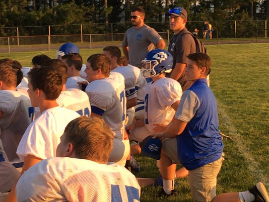 636390726653019289-after-riverheads-scrimmage.jpg