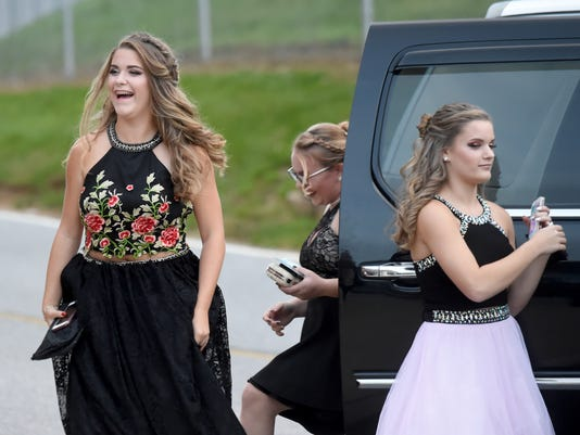 YDR-JP-102117-Dallastown-Homecoming