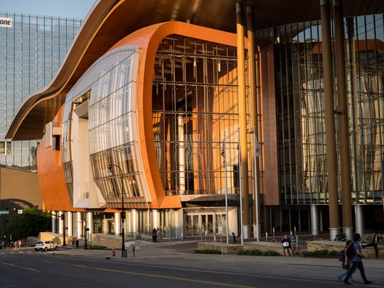 Music City Center had lackluster results in 2017, but the agency awarded CEO Charles Starks a $91,000 bonus.