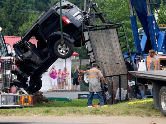 Bizarre SUV wreck in Staunton