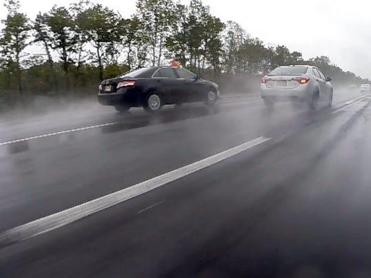 Parkway 39 S High Tech Asphalt Drains Rain