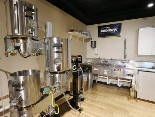 Kitchen Supply Store Grain Mill
