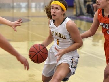 Bishop Manogue senor Katie Turner has committed to play for Davidson College