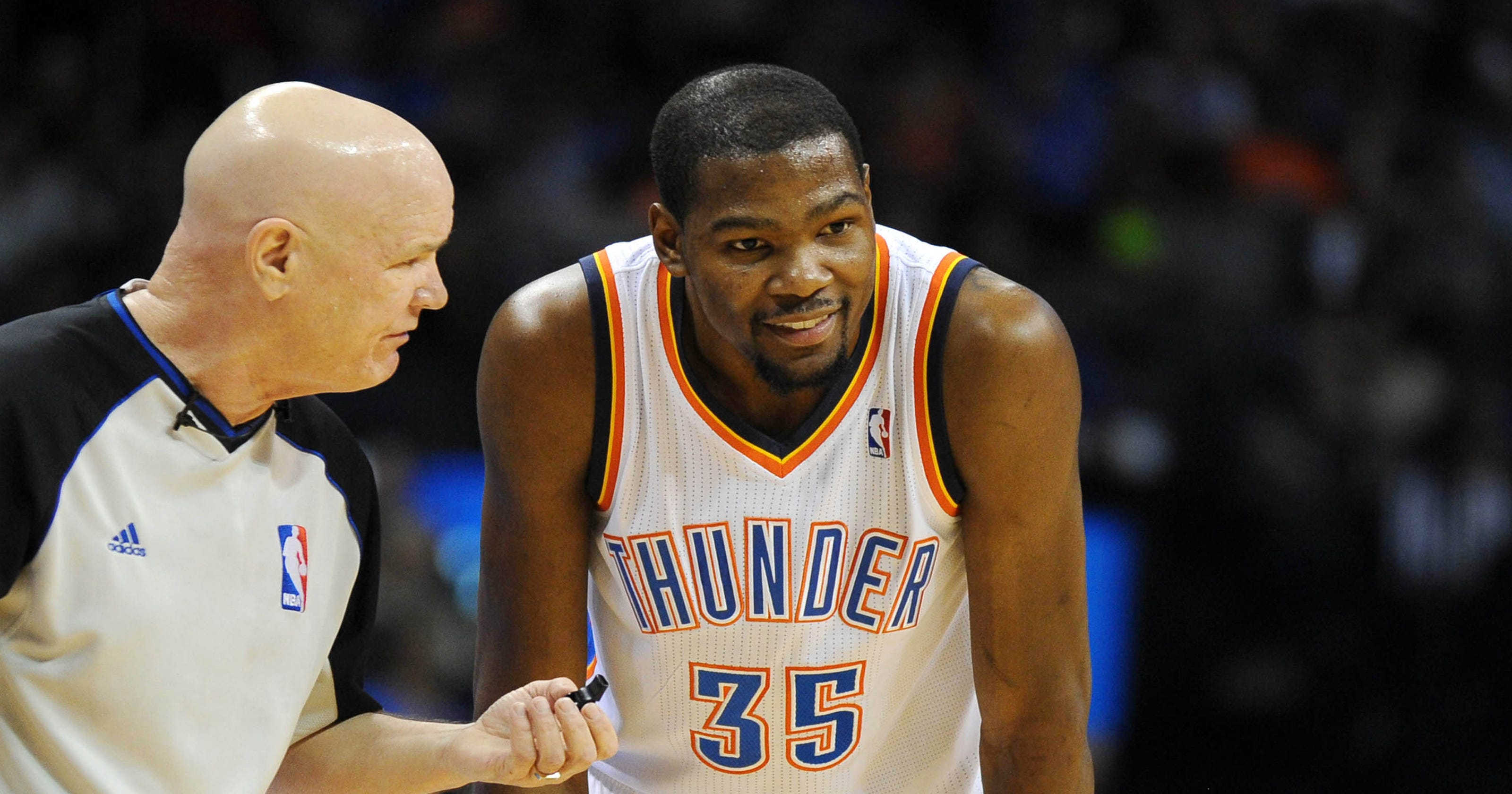 fa65da0b668 Kevin Durant s triple-double powers Thunder by T wolves