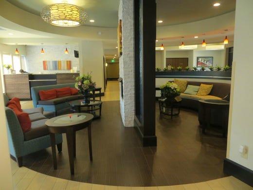best affordable nashville hotels according to tripadvisor. Black Bedroom Furniture Sets. Home Design Ideas