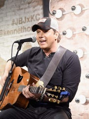 Rodney Atkins will headline a multi-act country lineup