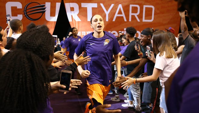 Mercury guard Diana Taurasi received praise from Suns center Deandre Ayton. She returned it.