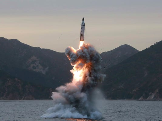 EPA (FILE) NORTH KOREA DEFENSE BALLISTIC MISSILE TEST POL DEFENCE KOR -