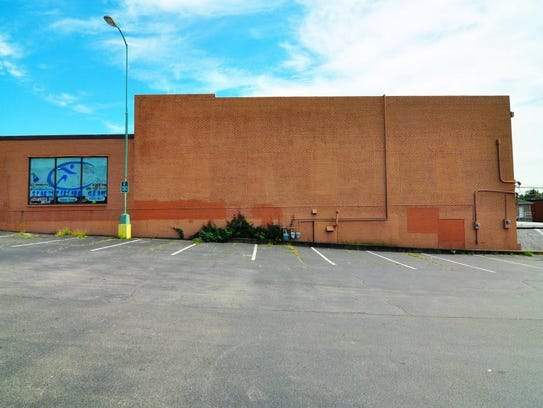 The proposed mural site at Total Fitness on Madison
