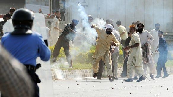 Pakistan riot