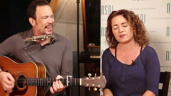 Mark Selby and Tia Sillers sing 'There's Your Trouble.'