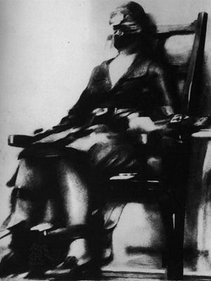 Ruth Snyder in the electric chair on January 12, 1928. The photo was taken by Tom Howard for the New York Daily News and is now part of the Smithsonian's collection.