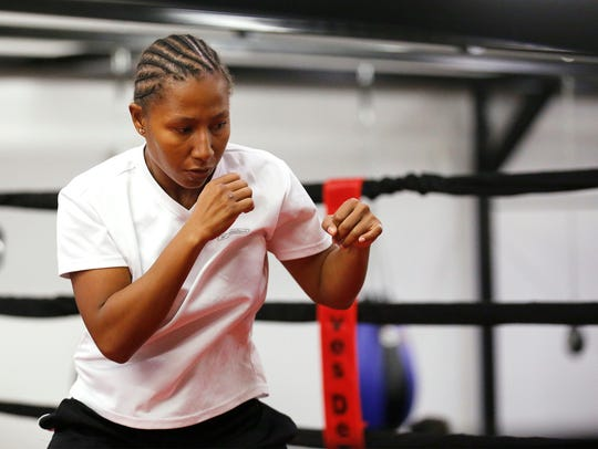 Calista Silgado, #6 ranked world contender from Columbia