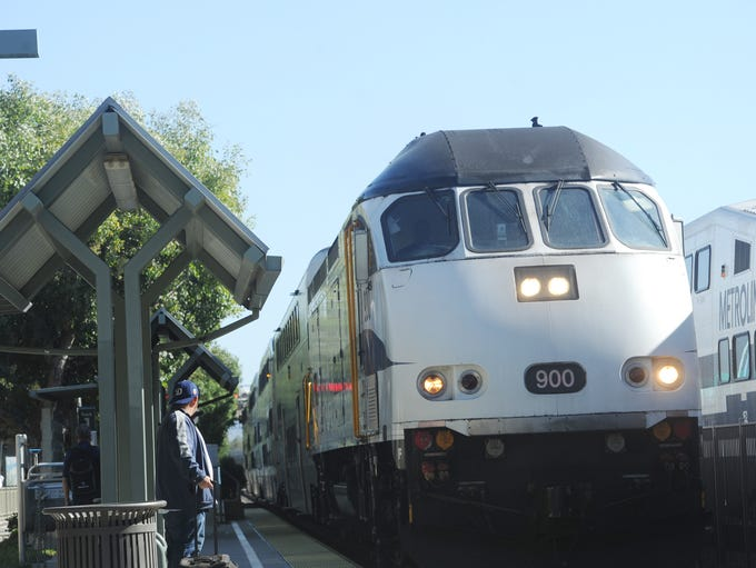 A Metrolink train arrives at the Chatsworth Station
