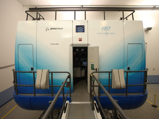 Boeing debuts Dreamliner training facility in Miami