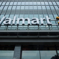Seth Rogen goes 'bananas' in Walmart ad for Oscars