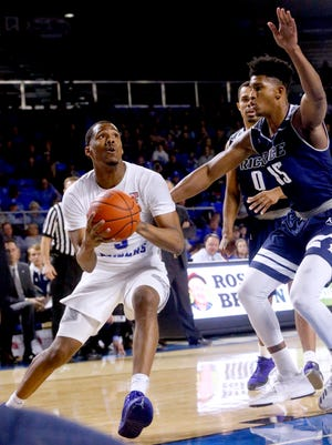 MTSU men beat Rice 94-75 on Thursday, Feb. 8, 2018, at MTSU.