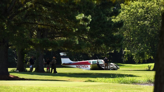 A small private plane crashed onto the Assateague Greens golf course, close to the Ocean City airport, on Friday morning.