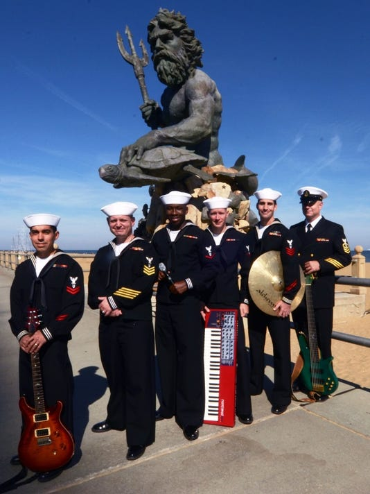0505 Fleet Forces Band.jpg