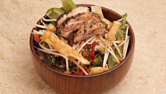 Chicken rice bowl made by Foosia Asia Fresh restaurant in Scottsdale
