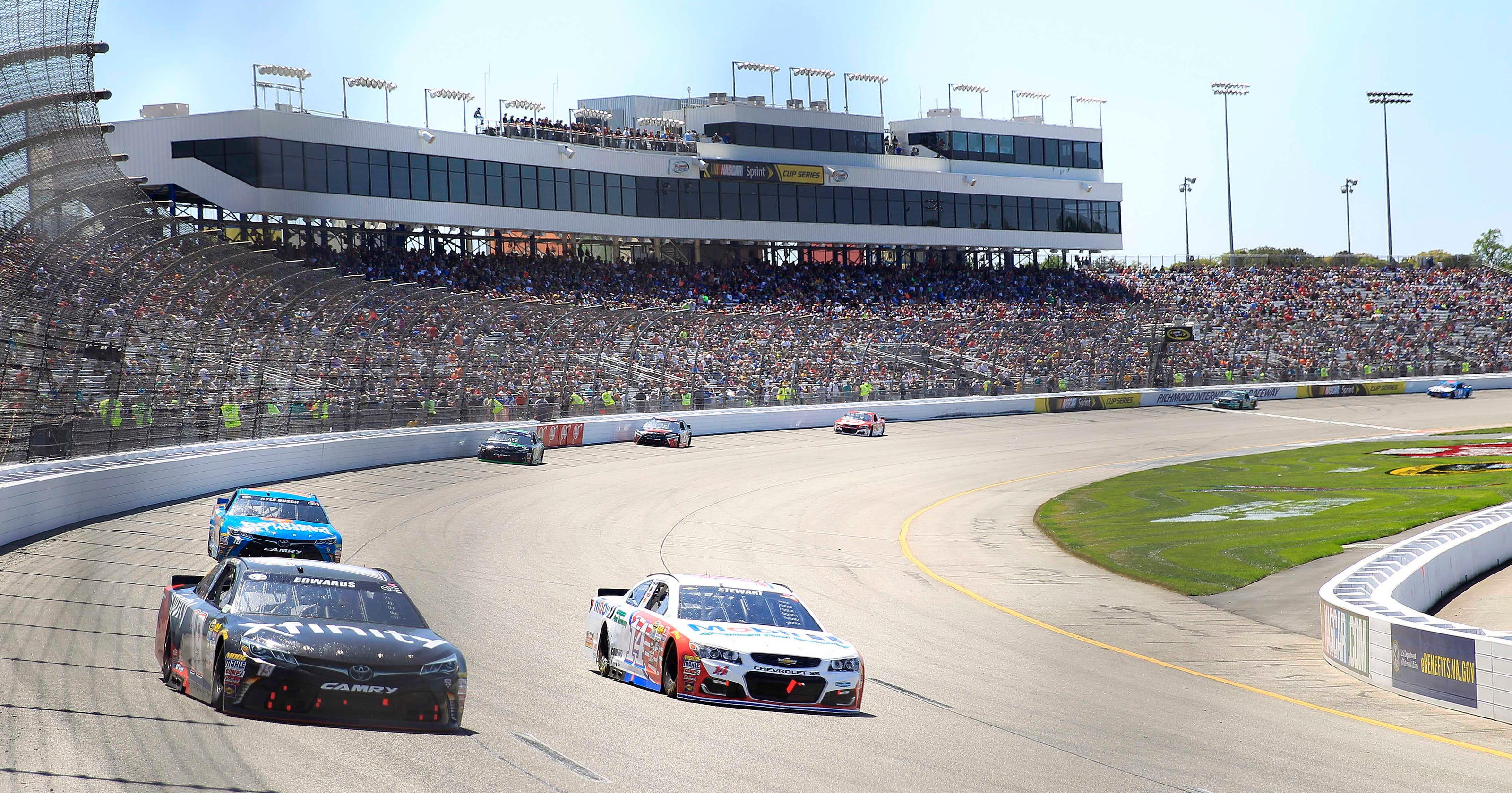 What Time Does The Nascar Cup Race At Richmond International