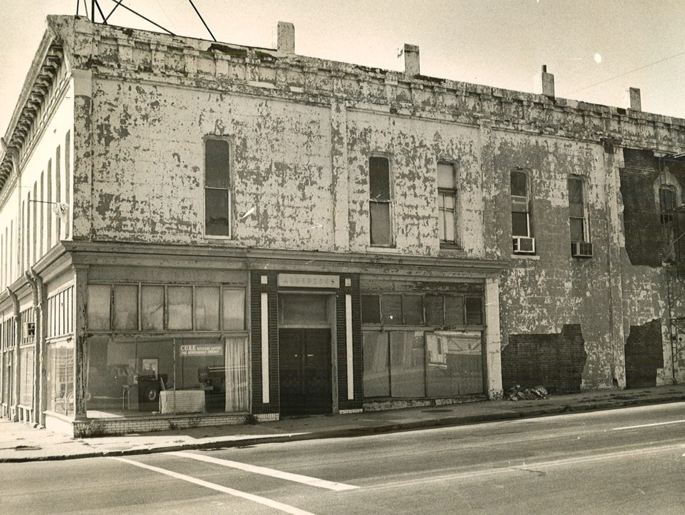 This 1976 photos shows Jim Boyt's building at East