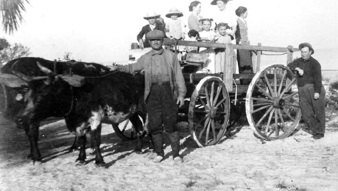 In 1866, the first settlers on the site of present-day Fort Myers arrived under sail or by covered wagon.