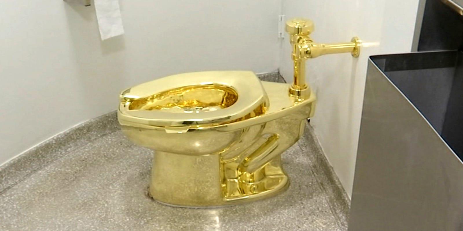 636525584172123285-AP-Trumps-Gold-Toilet