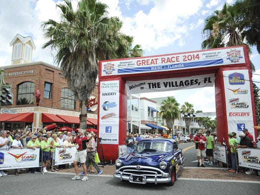 Humpty Wheeler crosses the finish line in Flordia in