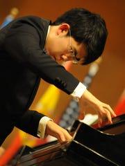 Gold Medalist Aristo Chingtoa Sham performs Rachmaninoff,