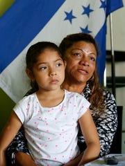 Muchas familias salvadoreñas en EU se han visto afectadas por la política de Trump.