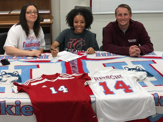 Hirschi's Shatoya DelValle signed to play soccer at the University of Redlands