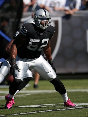 Oakland Raiders rookie Khalil Mack says his teammates are eager to secure their first victory.
