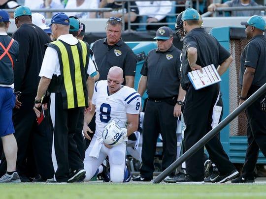 Indianapolis Colts quarterback Matt Hasselbeck (8)