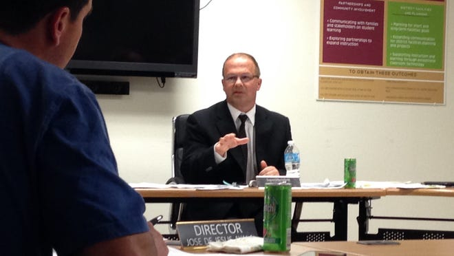 Gervais School District Superintendent Matt Henry speaks to the board of directors Thursday, May 21, 2015.