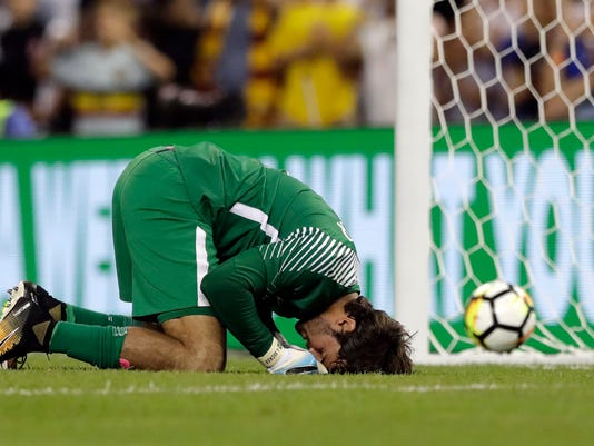 Soccer_English_Spotlight_Alisson_55332.jpg