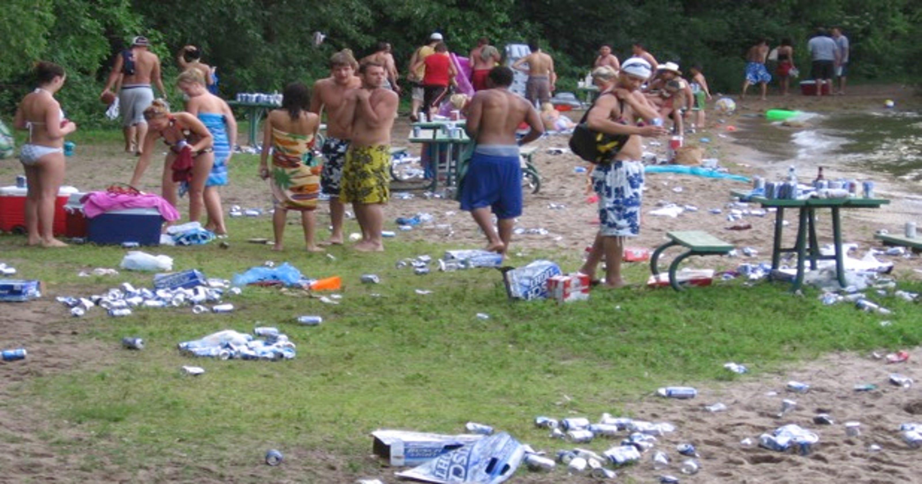 Dnr Seeks Booze Ban At Some Iowa Beaches