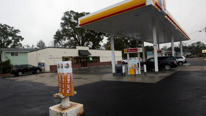 Pensacola businessman Vishal Nanda opened Rainey's, a Shell gas station/convenience store on 12th Avenue, on Friday, Jan. 5, 2018.