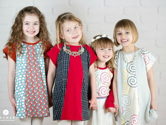Design your own kids' clothes using Patchery website.