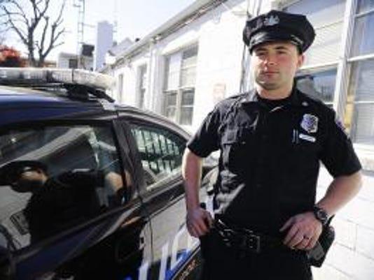 Portrait of West York patrolman Mark Jackson. DAILY RECORD/SUNDAY NEWS - CHRIS DUNN