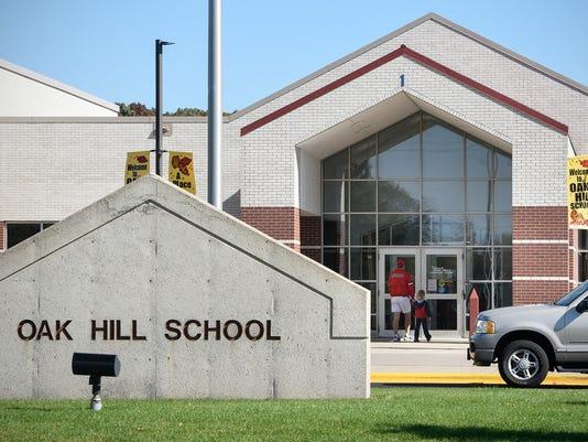 636119723396326834-Oak-Hill-School-1.jpg