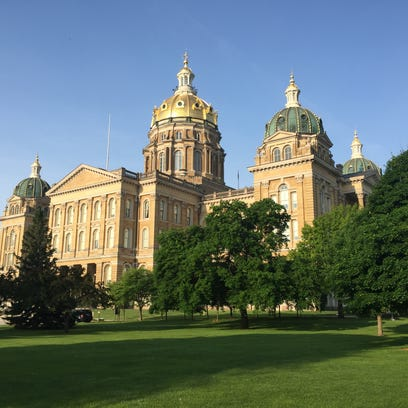 What bills survived the 2018 Iowa Legislature's first funnel?