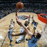 Tyreke Evans #1 of the New Orleans Pelicans goes for the lay up against the Memphis Grizzlies during the game on March 7, 2015 at Smoothie King Center in New Orleans, Louisiana.
